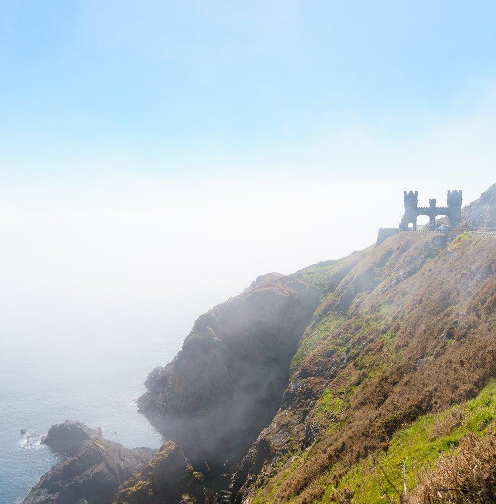 Photo Marine Drive in Douglas engulfed by the fog.