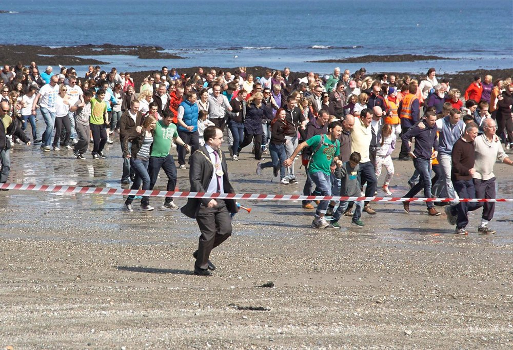 Isle of Man world record : 3 legged race.