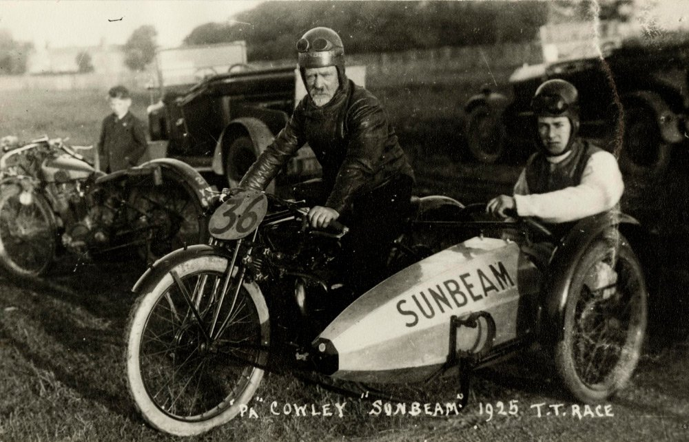 TT race side car old picture.