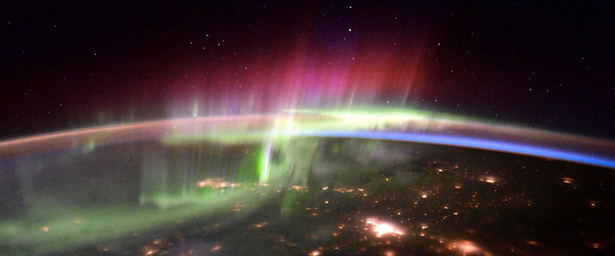 all colours of aurora borealis