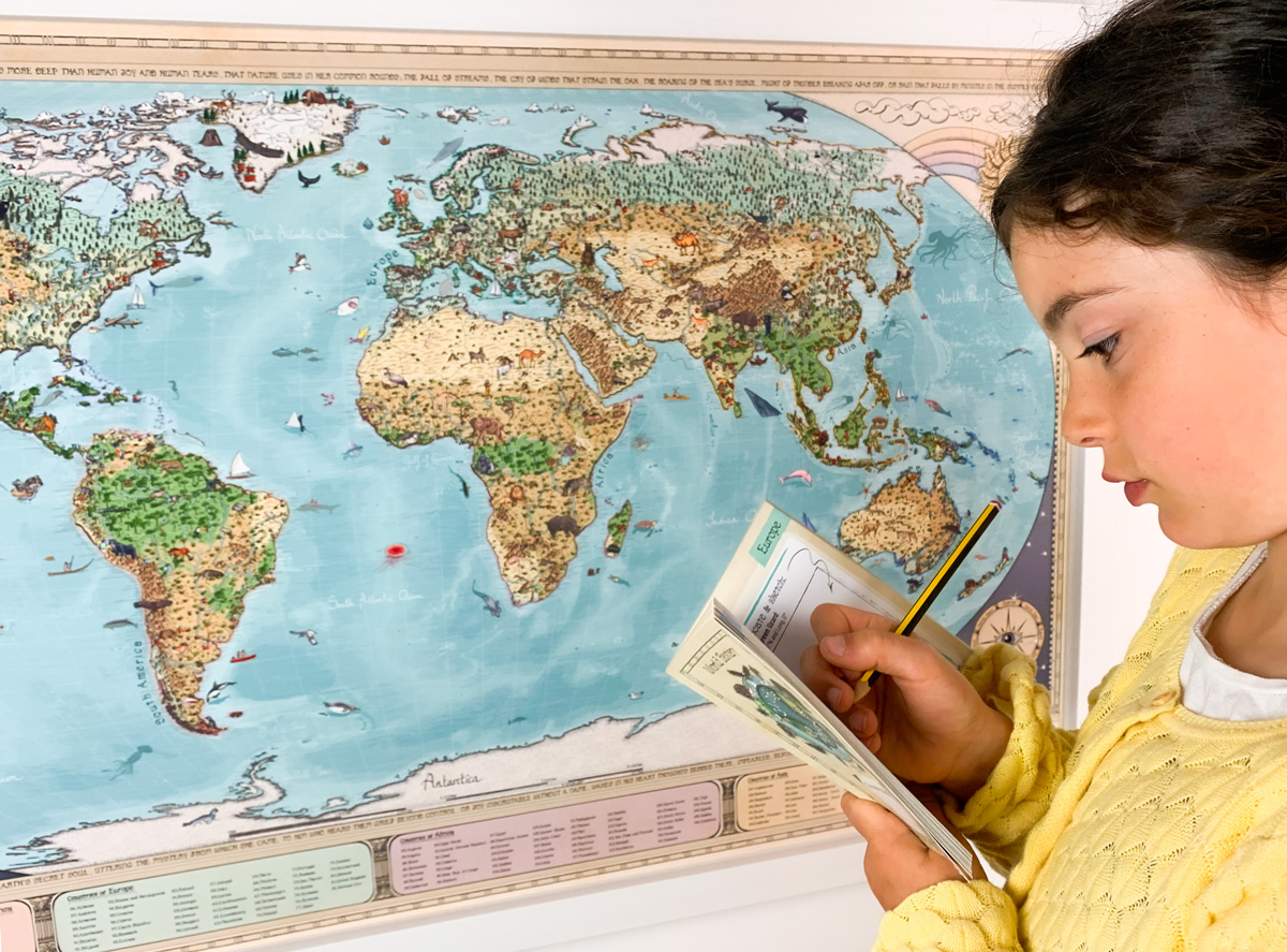 Fun educative world map for kids by Globe Spotter!